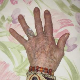 La muerte digna: el estado de la cuestión, por Eva Lamote de Grignon